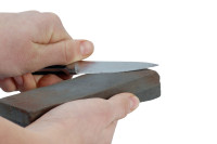 best-way-to-sharpen-a-pocket-knife-tips-200x133